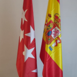 Mástil bandera de España y Comunidad de Madrid